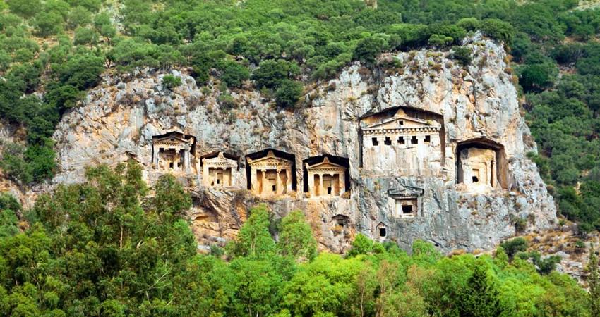 Dalyan Kral Mezarları